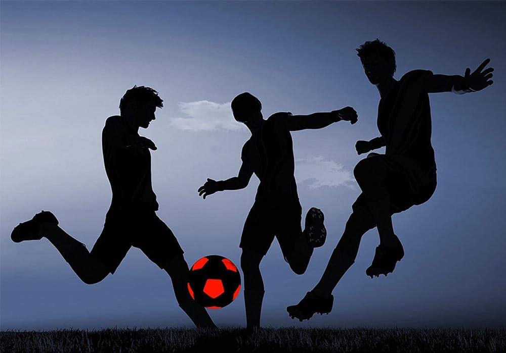 Ballon de Football Lumineux, découvrez le Nightmatch